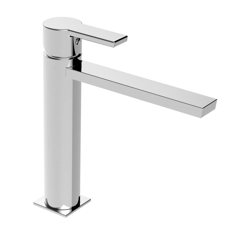 Italia 150 Mid Size Lavatory Faucet