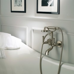 Gruppo esterno vasca con deviatore, flessibile e doccia Liberty-Gom Bossini Z001103